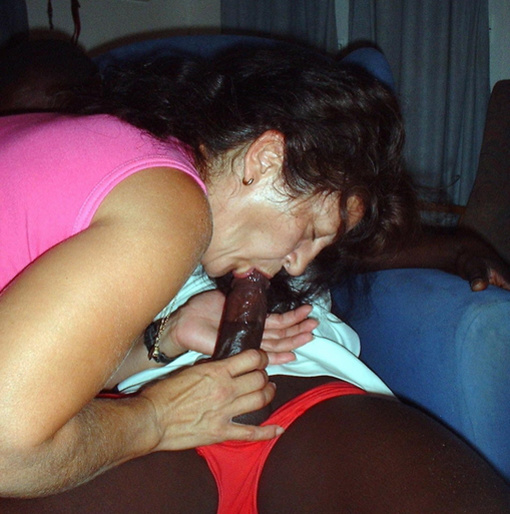 Photo SlutWife Does Oral Sex to a Black Stud
