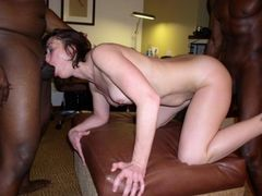 Picture Filthy White Bitch Making Sex in Three with Black Men