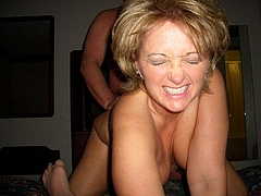 Photo Blonde Mom Fucked from Behind by Black