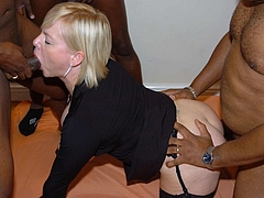 Photo British Slut Caught in Swinger Sex with Black Dicks