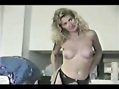 White Mom Gangbang Amateur Porno Video with Big Black Bulls