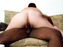 Young White Woman Fucking and Riding Young Black Men