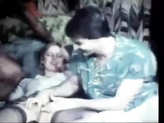 Vintage Interracial Threesome Sex Video White Pussy with BBC