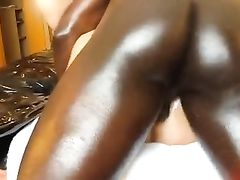 Amateur Cuckold Sex Wife Fucked and Creampied by Black Stud