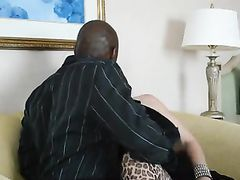 Present for Wife Young Black Bull to Fuck Her Good in the Pussy